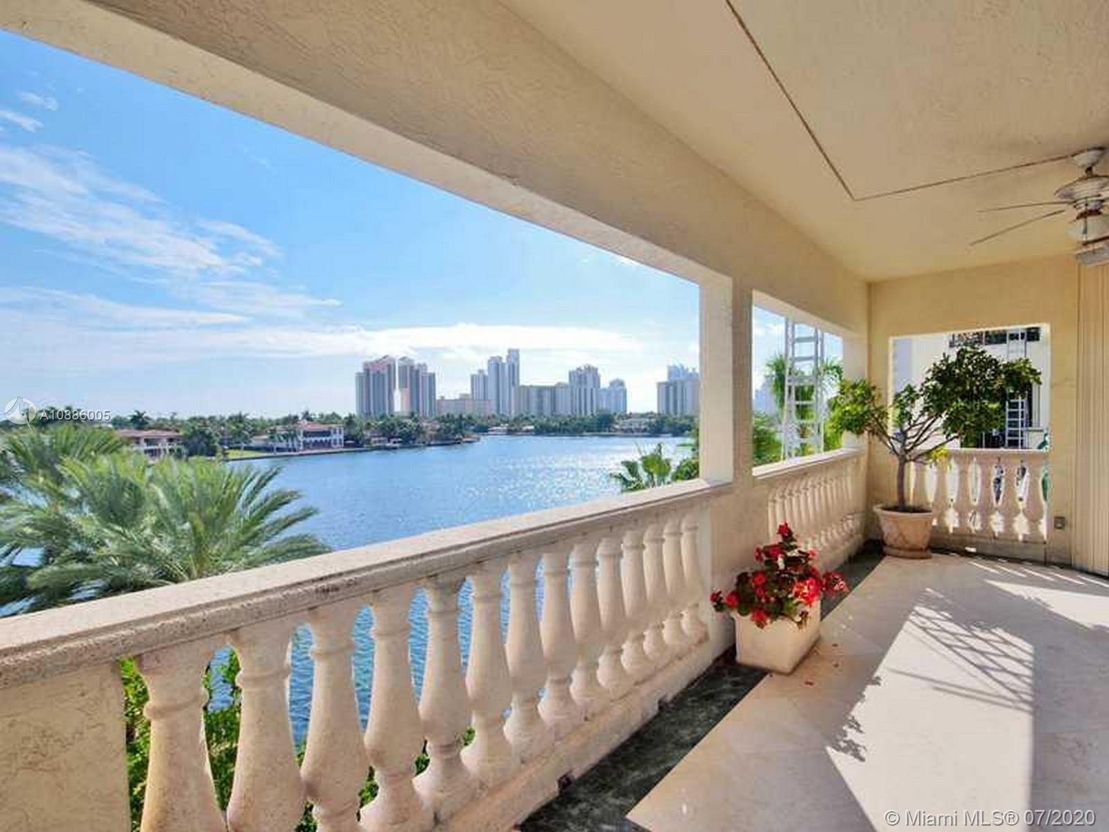 19925 NE 39th Pl #401 Property Photo - Aventura, FL real estate listing