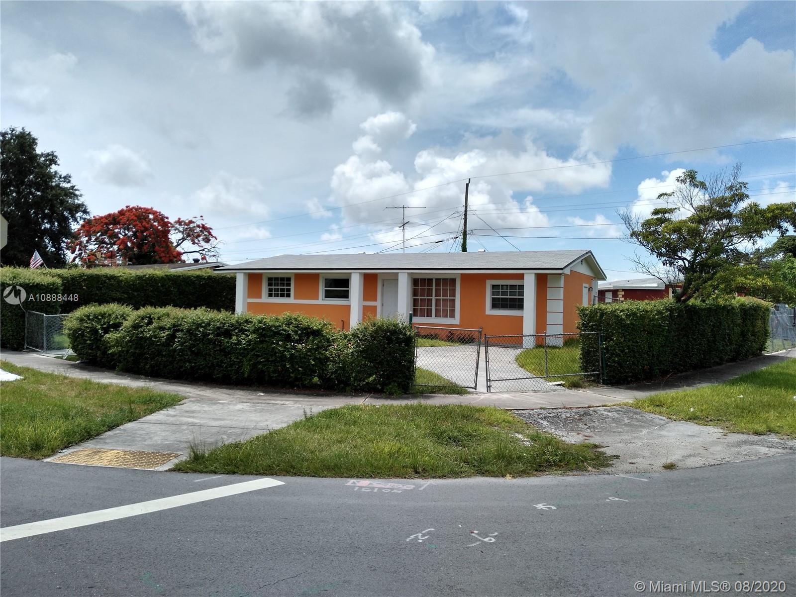 11470 SW 186th St Property Photo