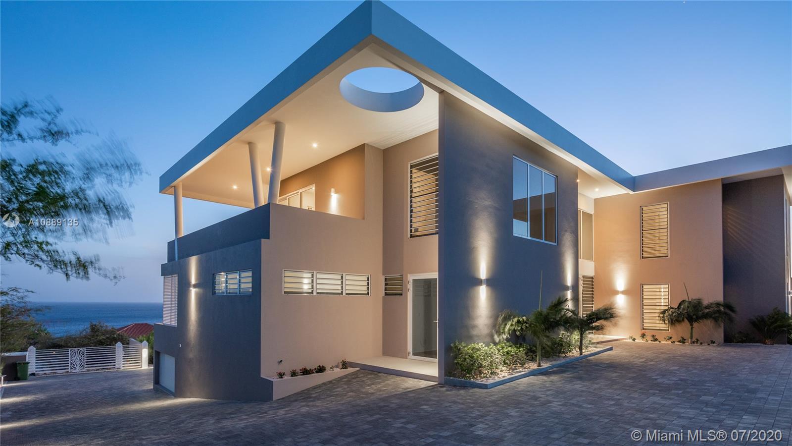 000000 Real Estate Listings Main Image