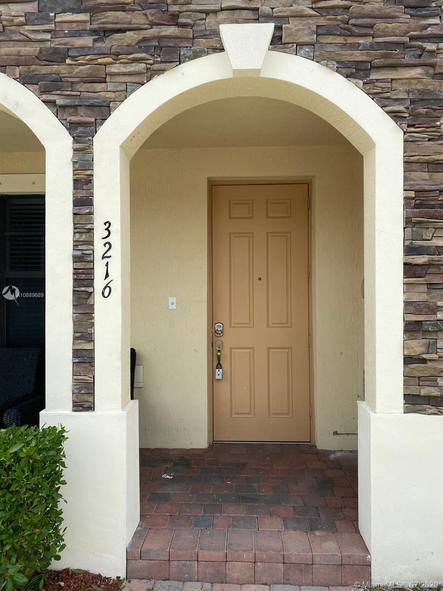 3216 SE 5th Ct Property Photo - Homestead, FL real estate listing