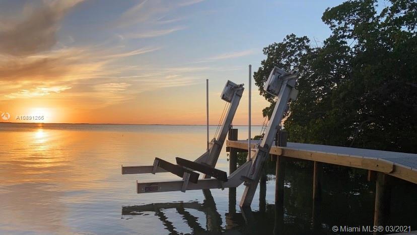 325 Calusa St Lot 328 Property Photo - Key Largo, FL real estate listing