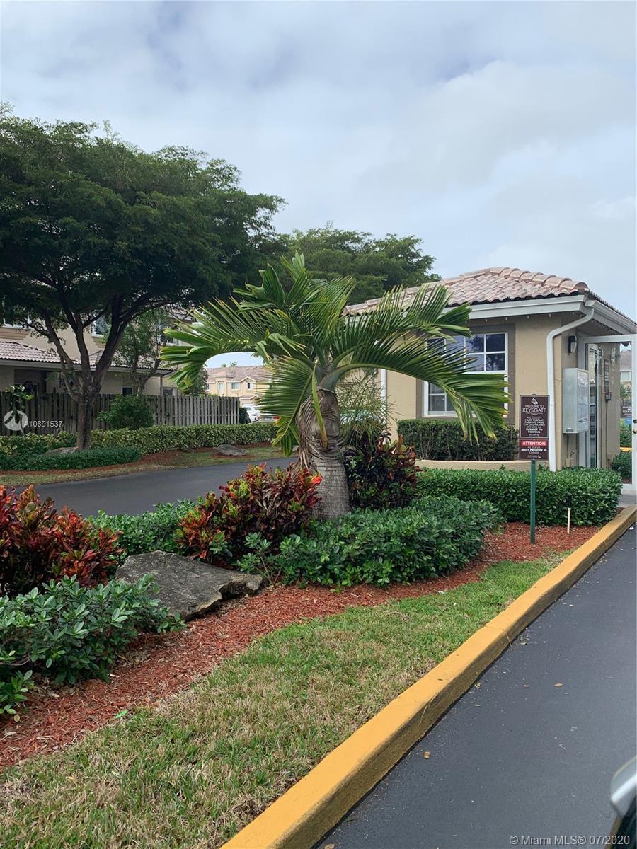 2002 SE 26th Ln #201 Property Photo - Homestead, FL real estate listing