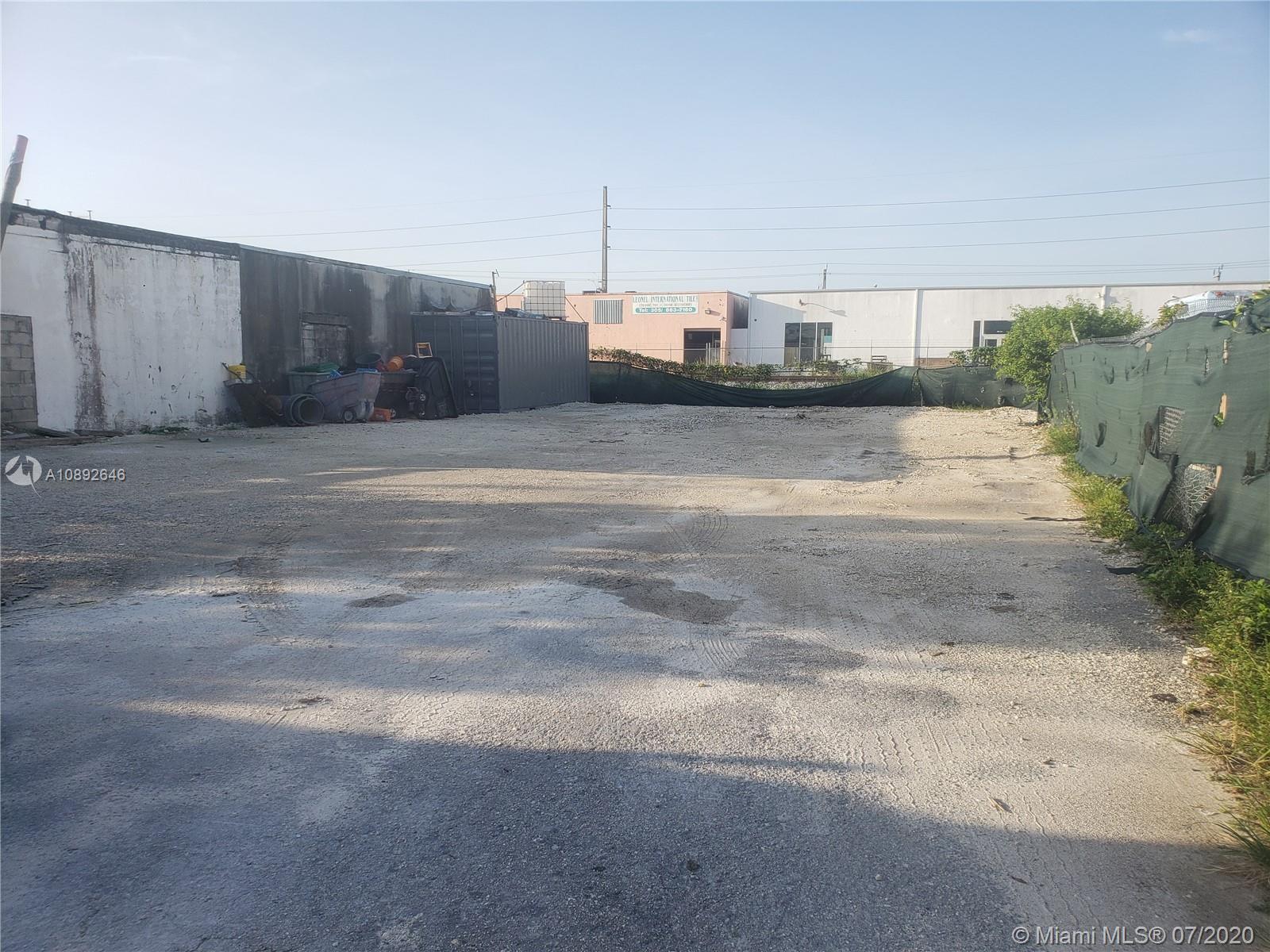 226 W 22nd St Property Photo