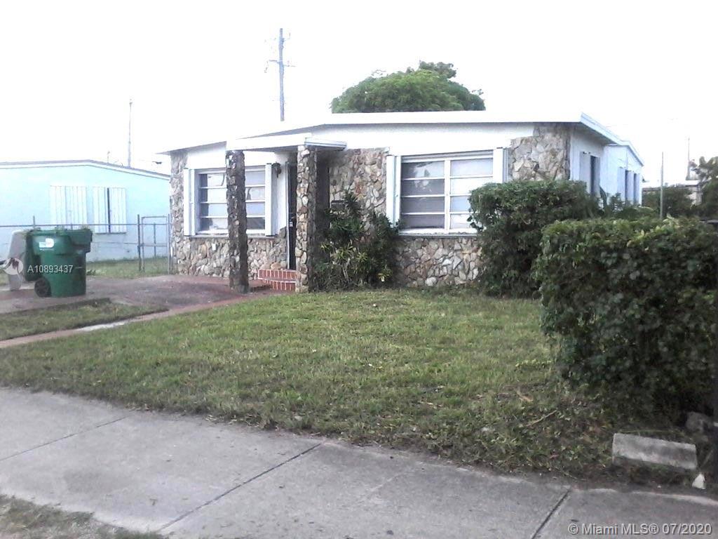 2171 Rutland St Property Photo