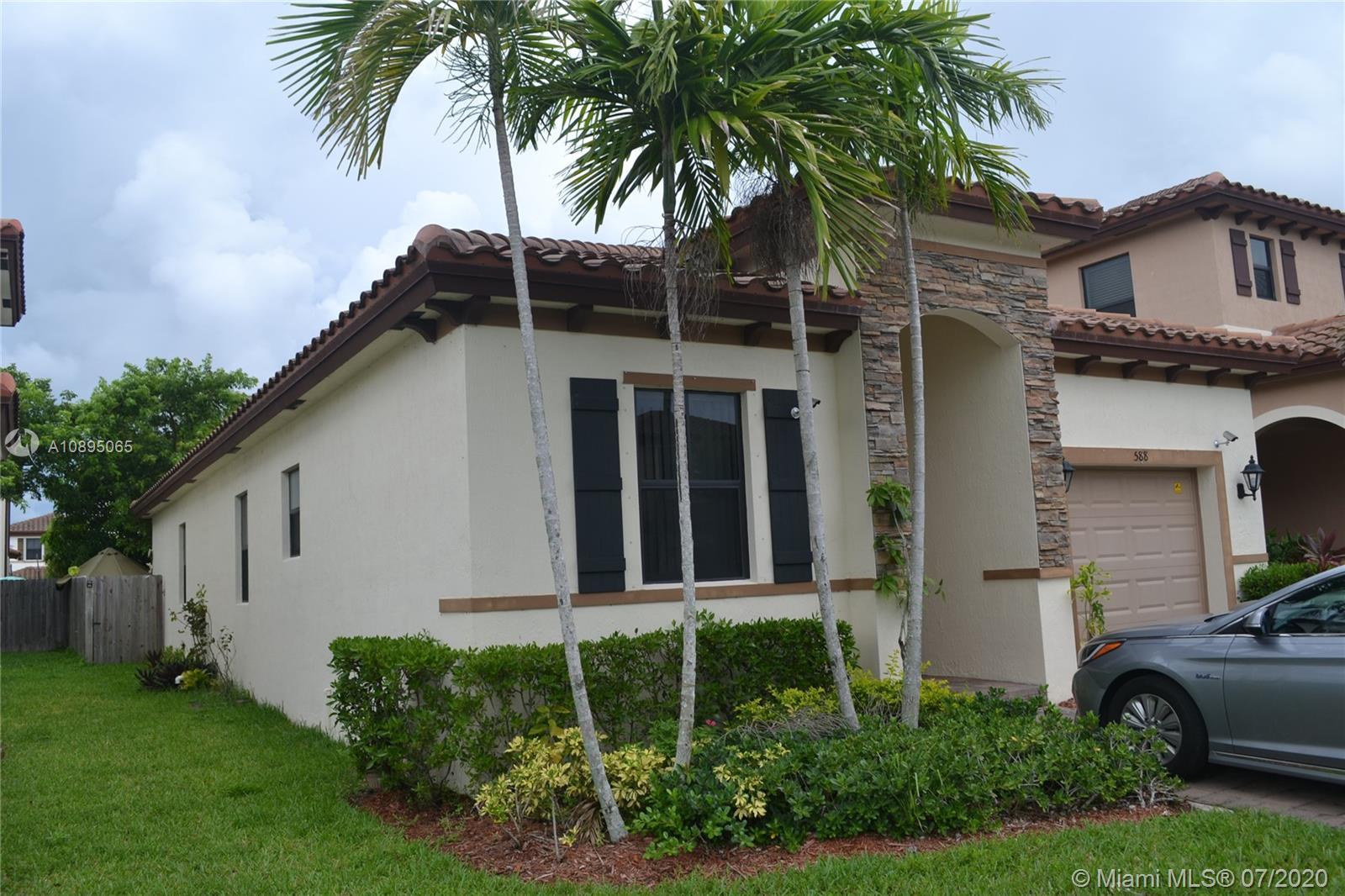 588 SE 34th Ter Property Photo - Homestead, FL real estate listing