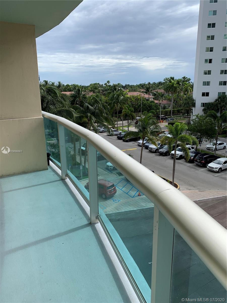 19390 Collins Ave #414 Property Photo