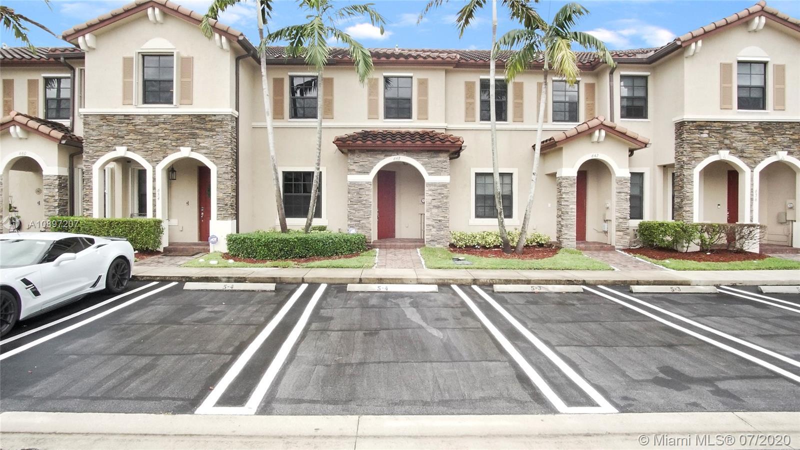 648 SE 32nd Ave #648 Property Photo - Homestead, FL real estate listing