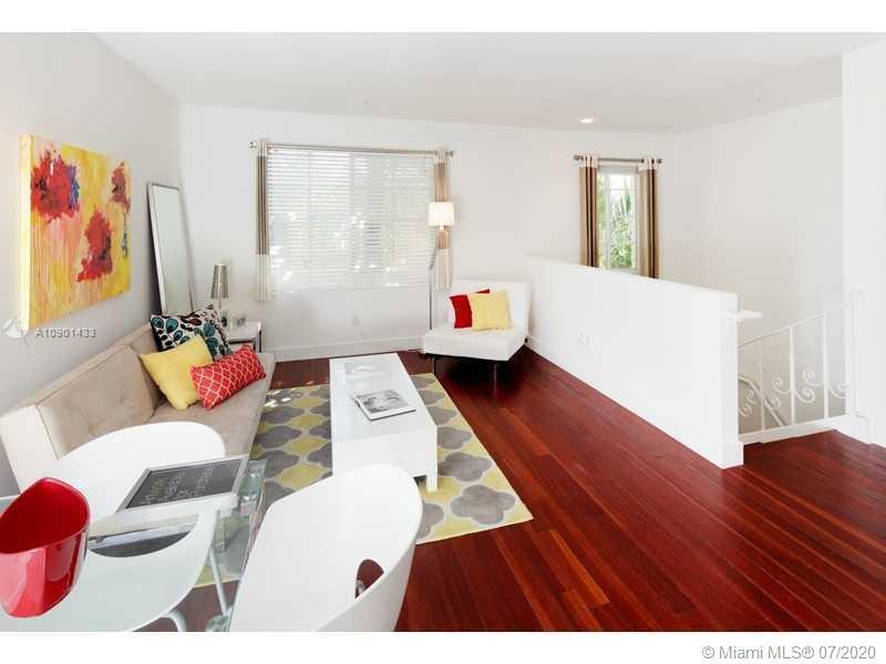 1025 MICHIGAN #2A Property Photo