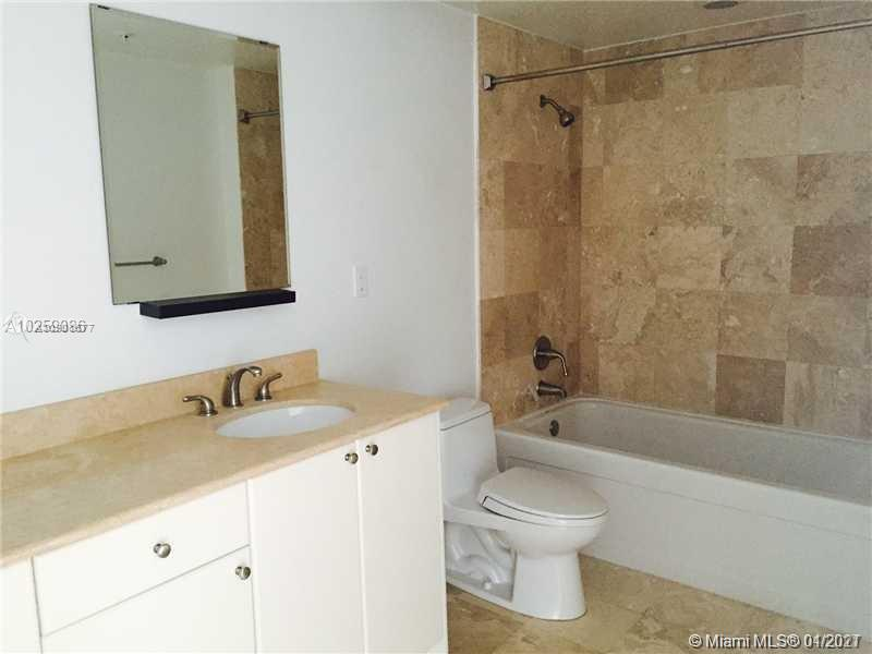1755 E Hallandale Beach Blvd #2008E Property Photo