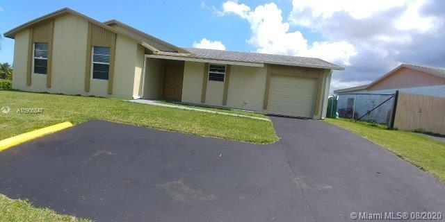 13000 SW 259th St Property Photo