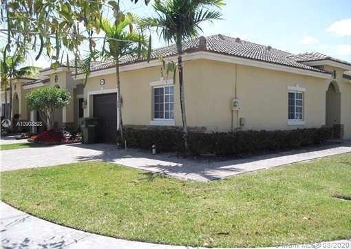 1240 NE 32nd Ave #1240 Property Photo