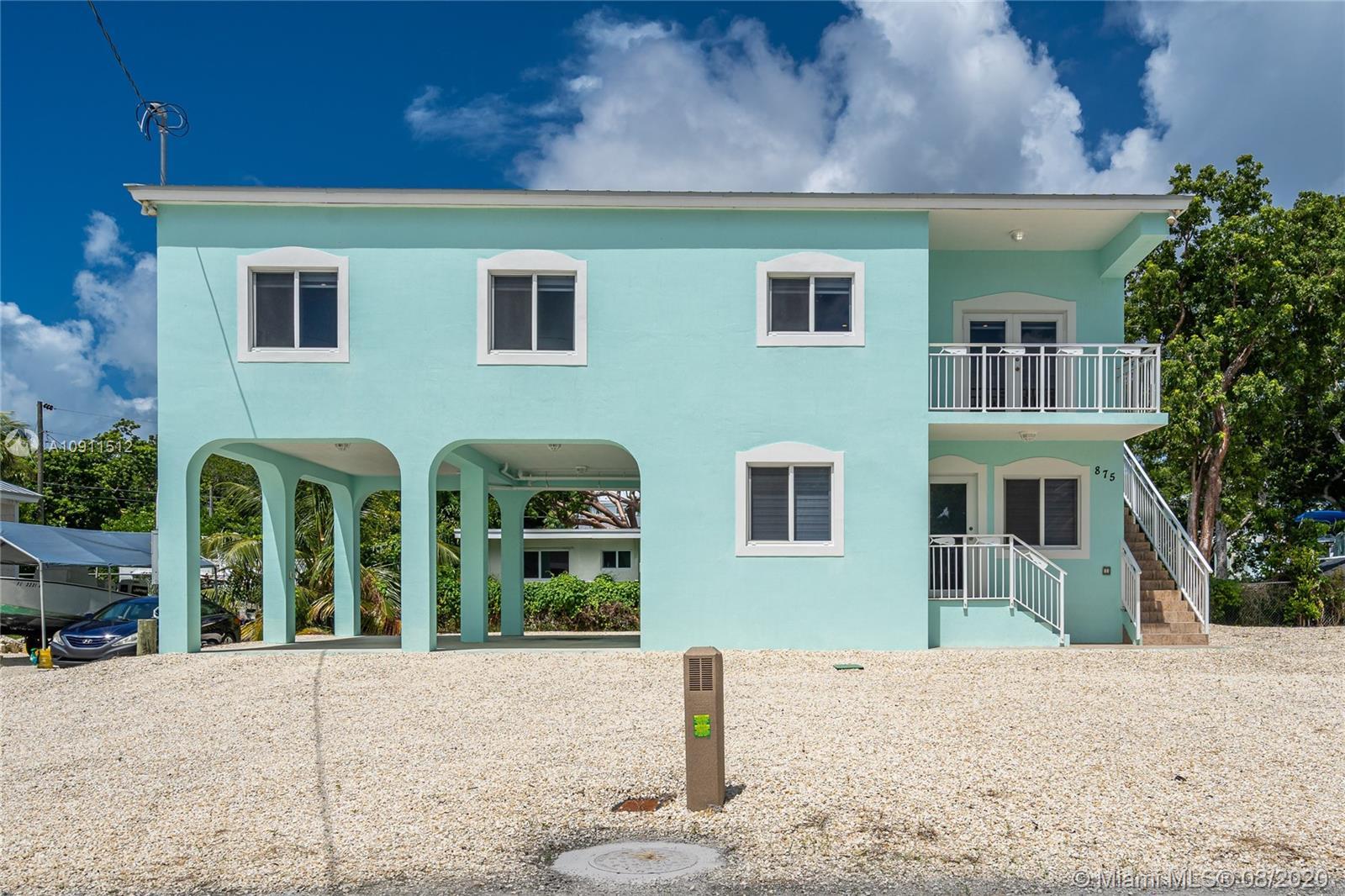 875 La Paloma Rd Property Photo