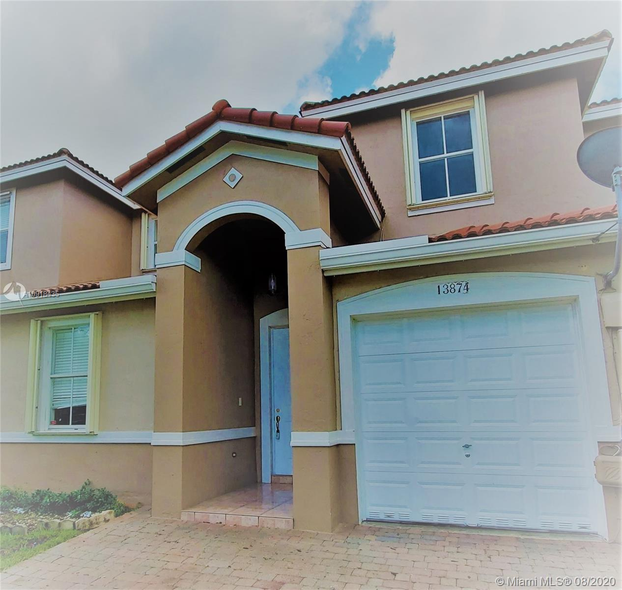 13874 SW 275th Ter #13874 Property Photo