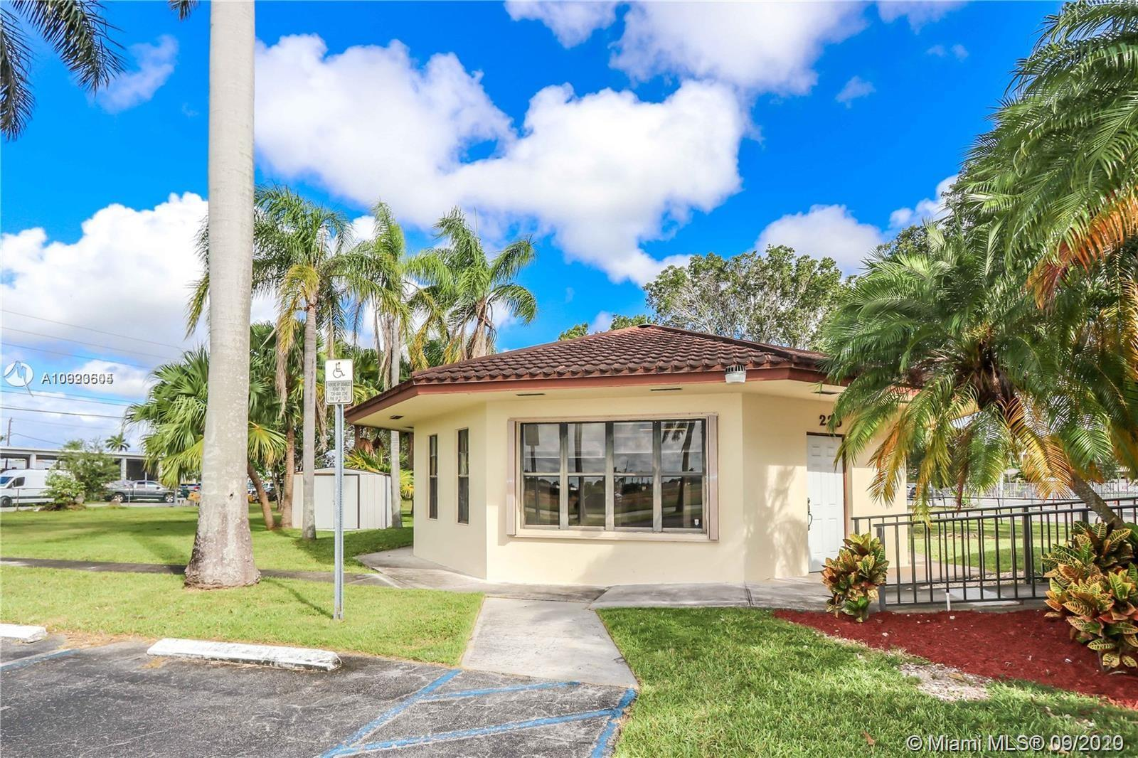 367 SE 2nd St Property Photo - Homestead, FL real estate listing