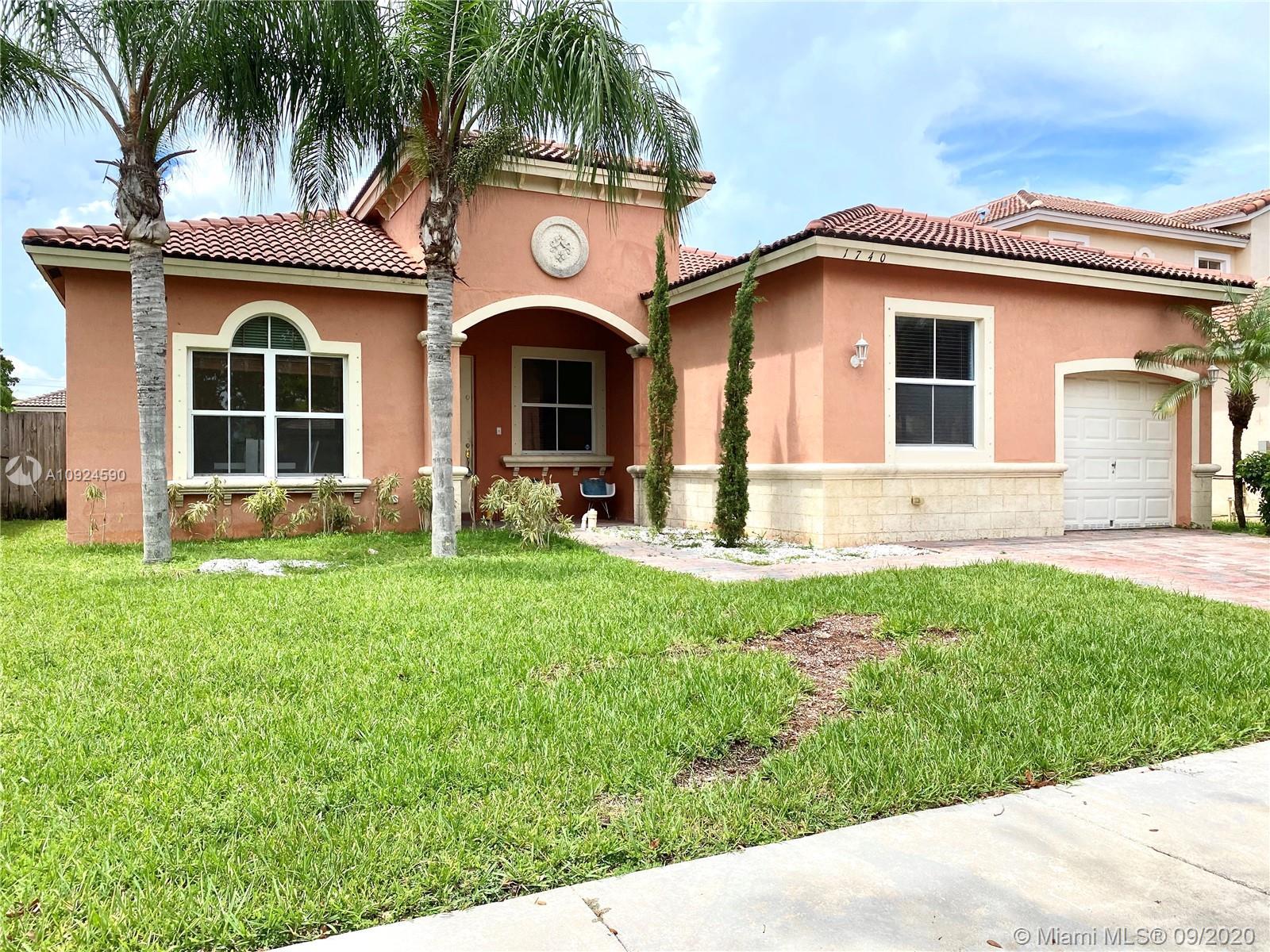 1740 SE 19th Ave Property Photo