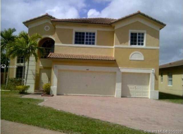 1402 NE 40th Ave Property Photo