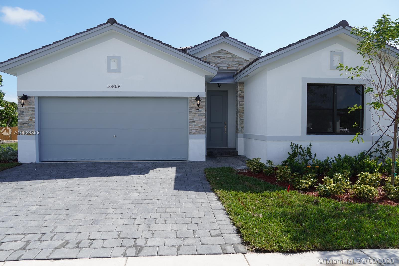 15721 SW 299th St Property Photo - Homestead, FL real estate listing