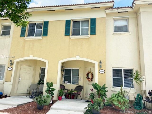 1606 Se 30th St #1606 Property Photo