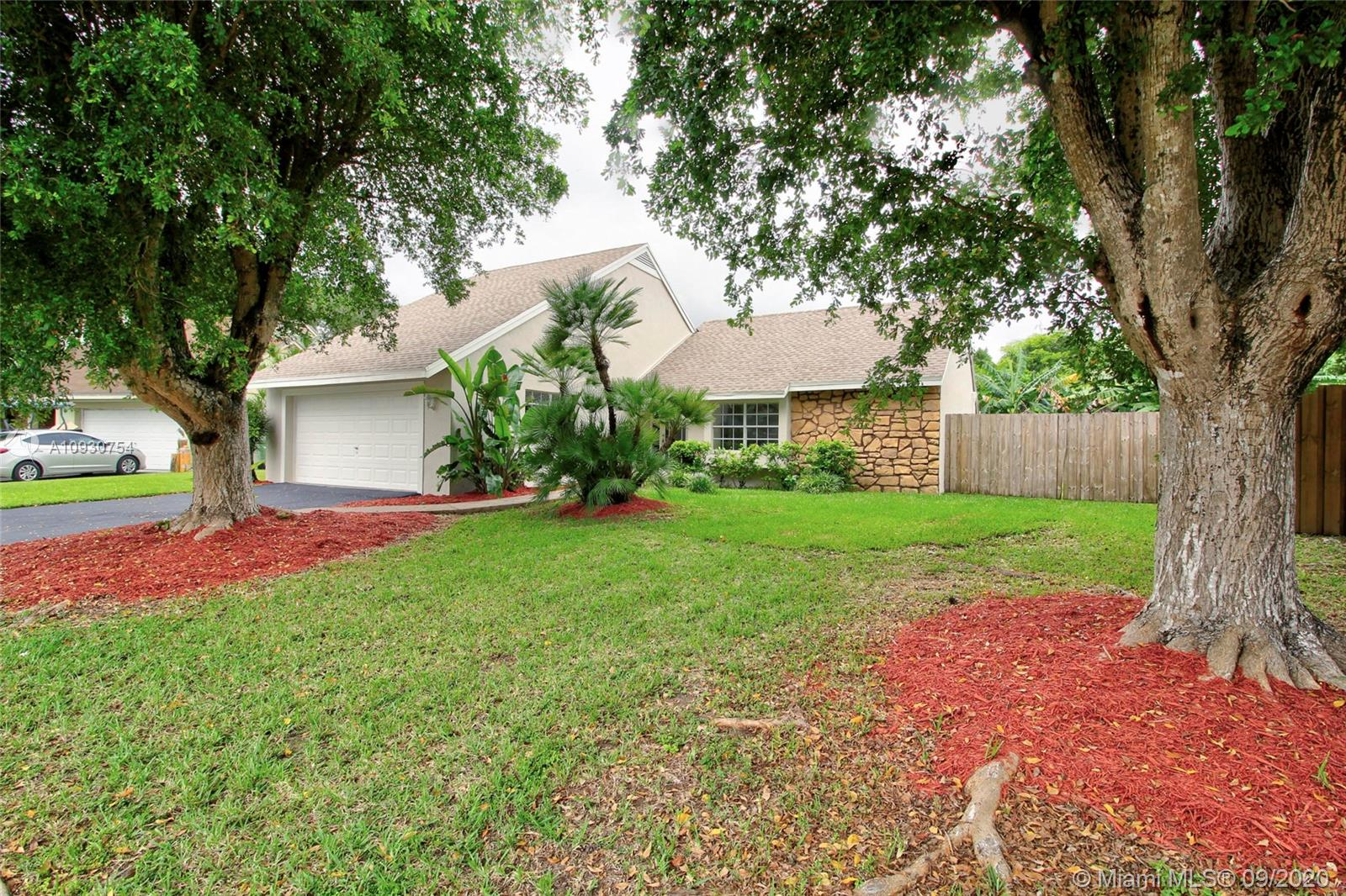 1551 N Goldeneye Ln Property Photo - Homestead, FL real estate listing