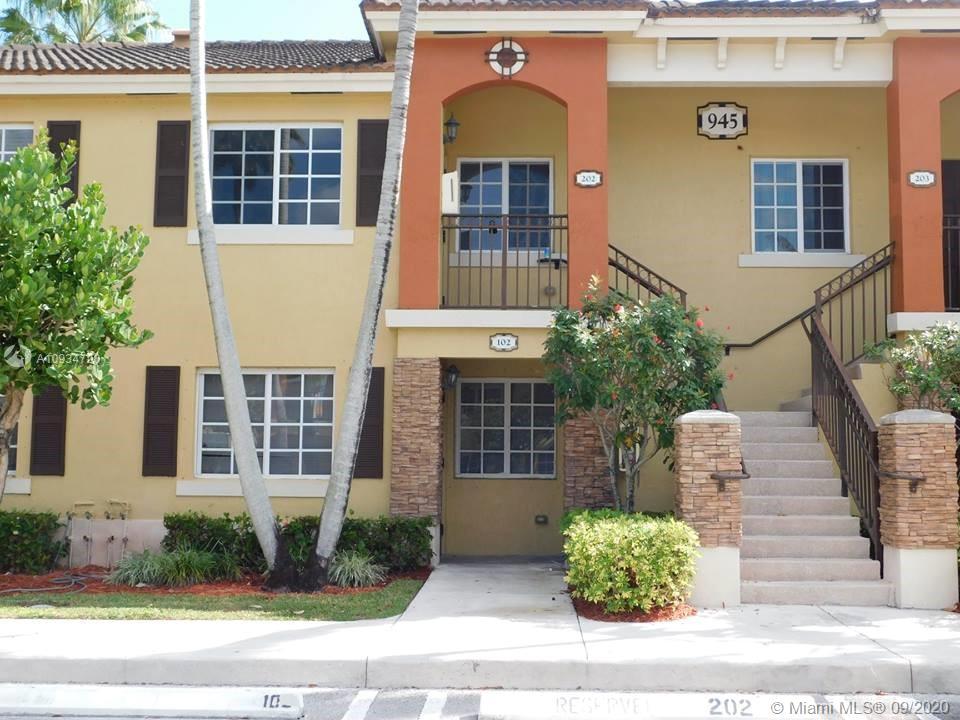 945 Ne 33rd Ter #202 Property Photo