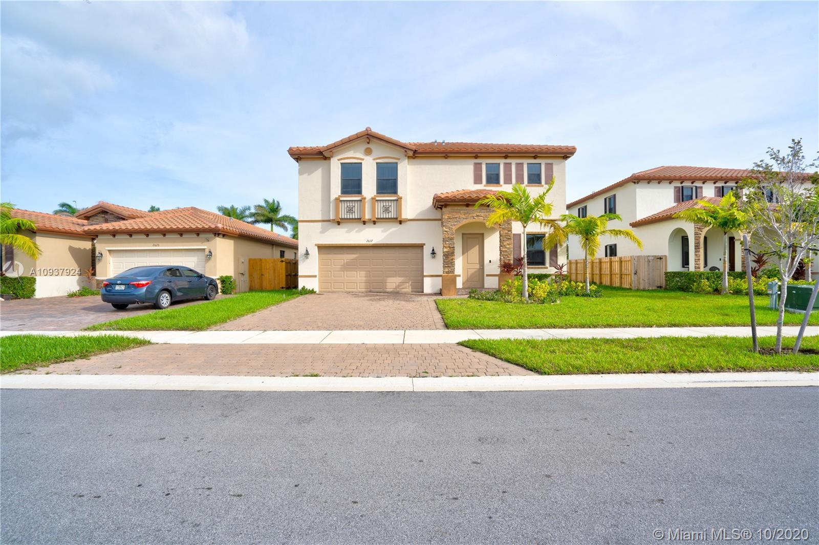 2637 Se 1st St Property Photo