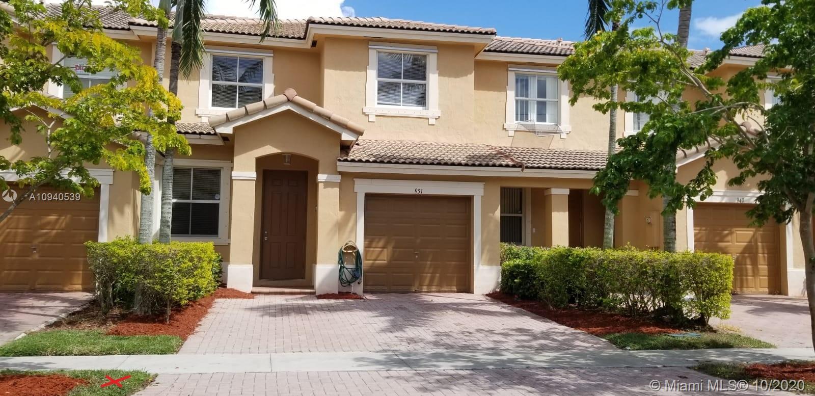 951 NE 41st Pl Property Photo - Homestead, FL real estate listing