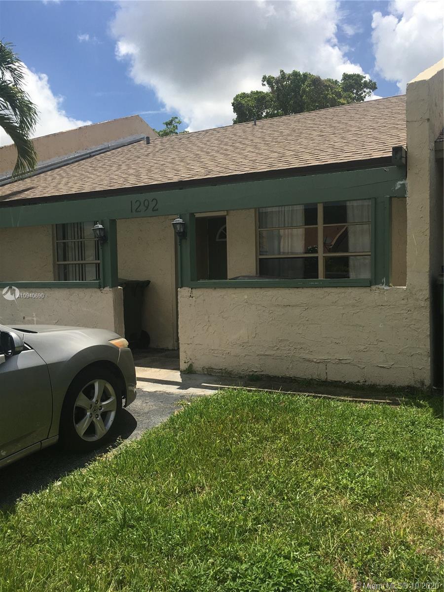 1292 Sandpiper Blvd Property Photo