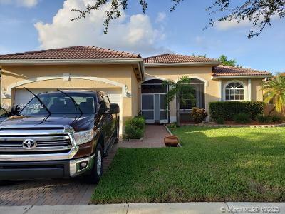 1611 SE 17th St Property Photo - Homestead, FL real estate listing
