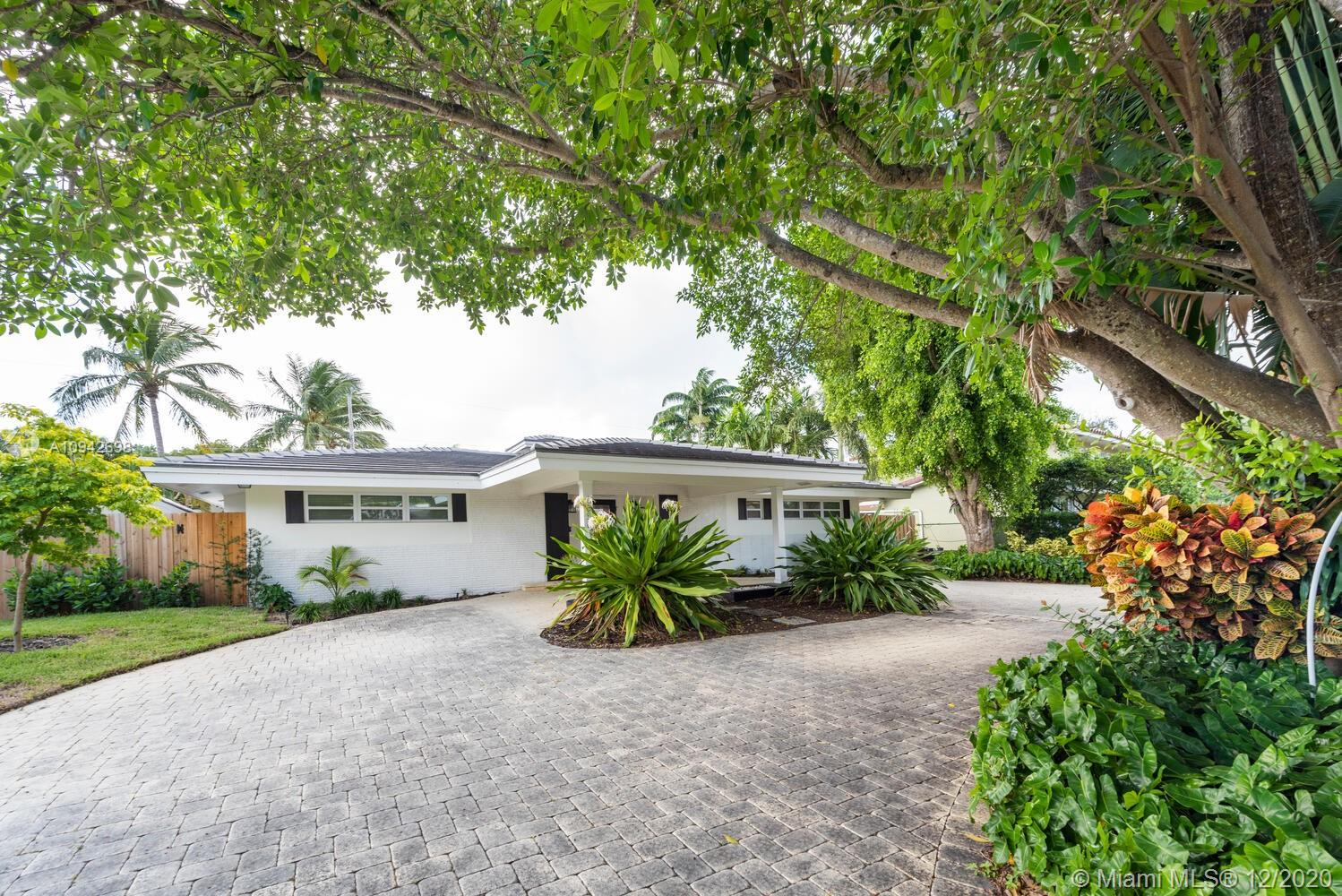 2356 NE 8th St Property Photo - Fort Lauderdale, FL real estate listing