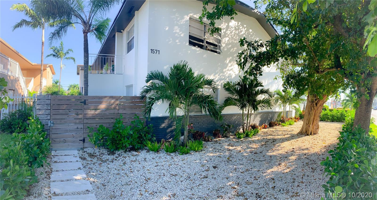 NE 8th St #1-8 Property Photo - Homestead, FL real estate listing