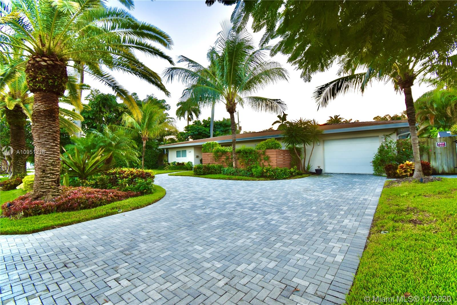 2649 NE 27th Ter Property Photo - Fort Lauderdale, FL real estate listing