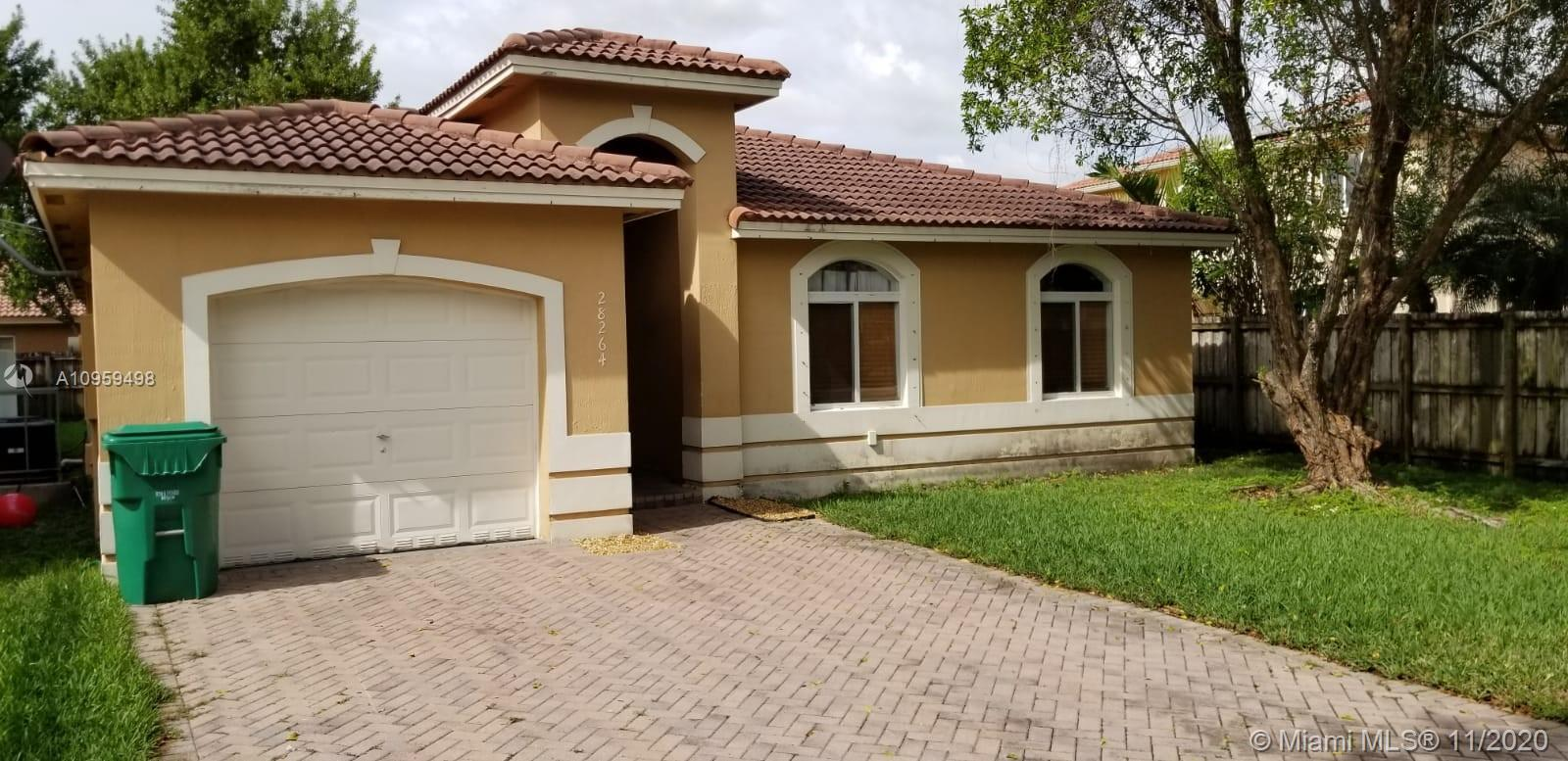 Christopher Gardens Real Estate Listings Main Image