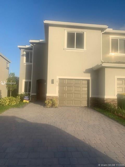 1875 SE 8 Place Property Photo - Homestead, FL real estate listing