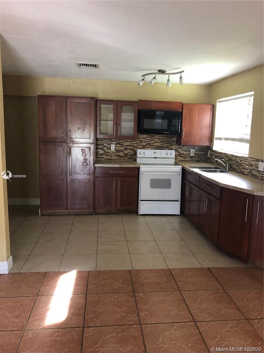 14430 Sw 284th St Property Photo