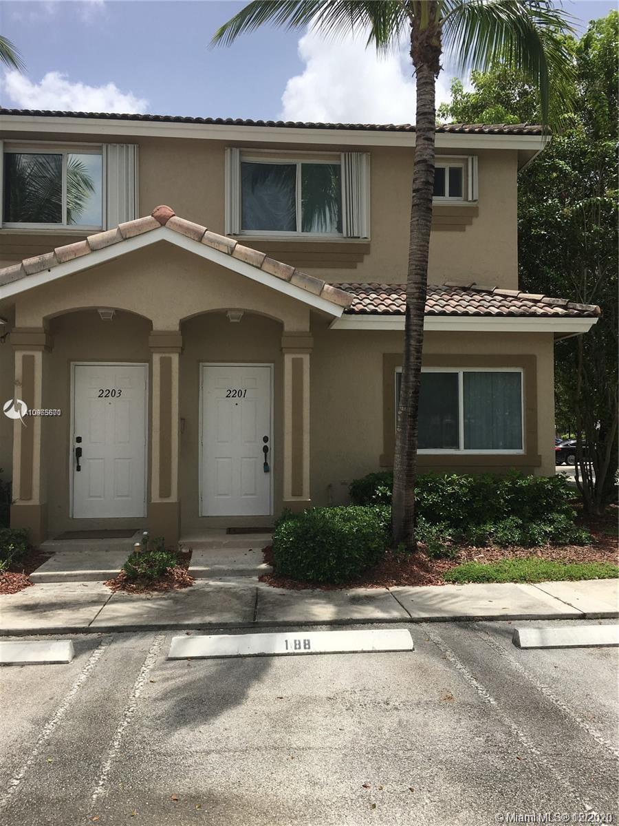 2201 Se 24th Pl #2201 Property Photo