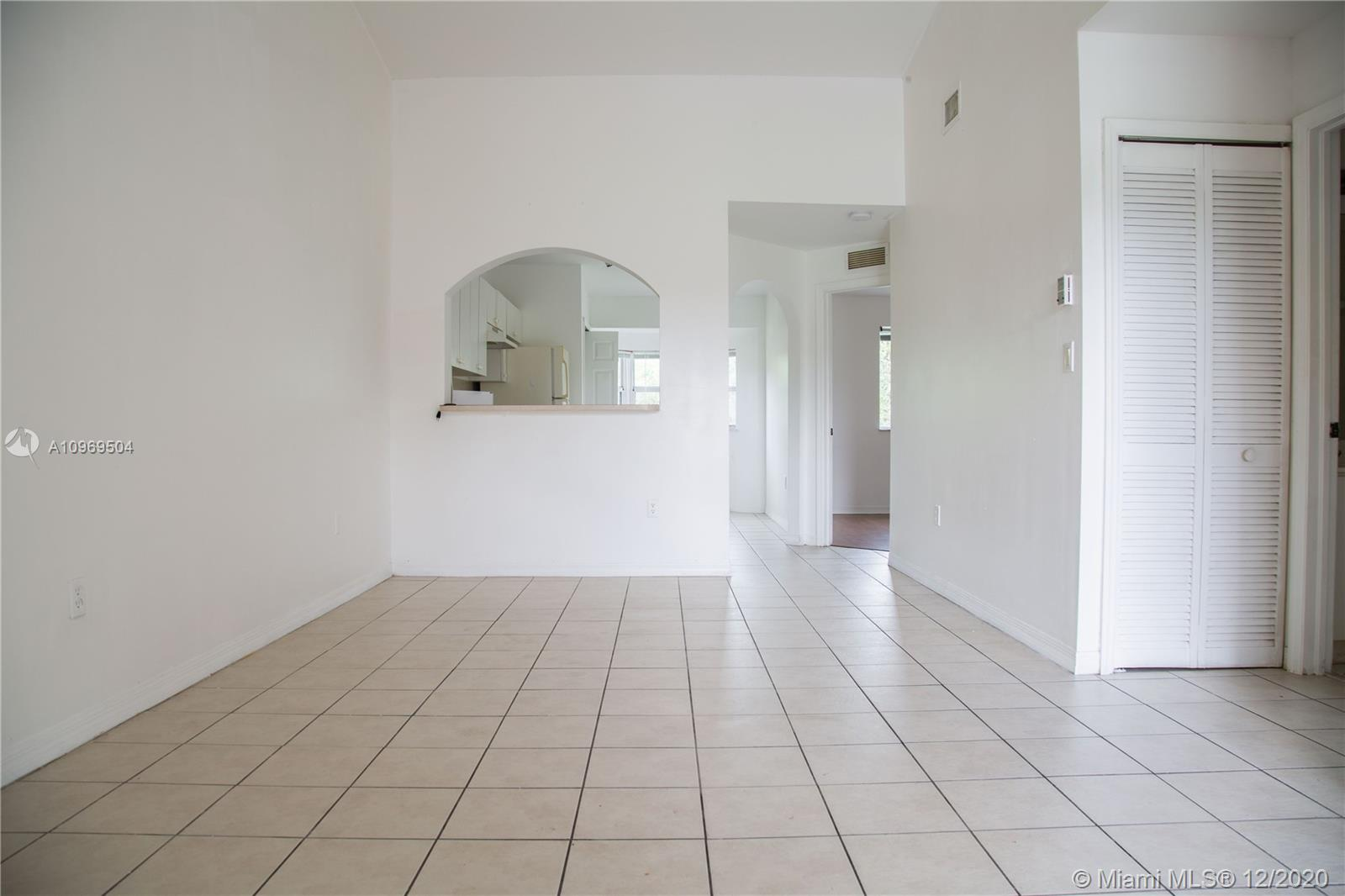 A10969504 Property Photo