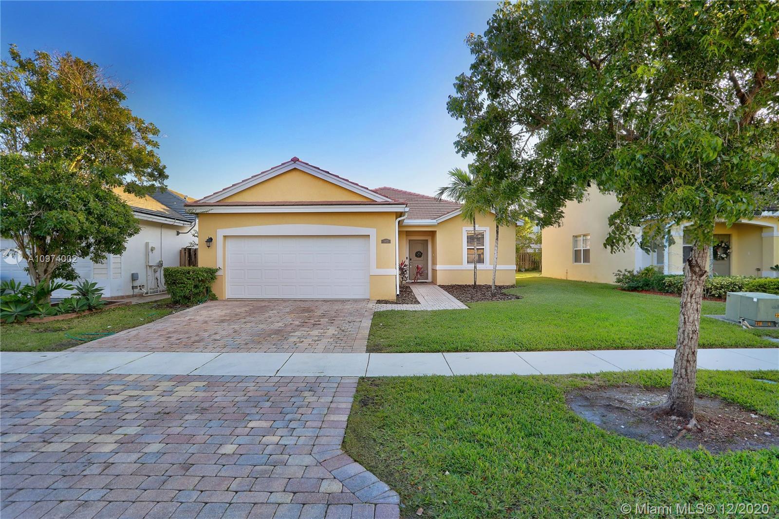 3472 Ne 2nd St Property Photo