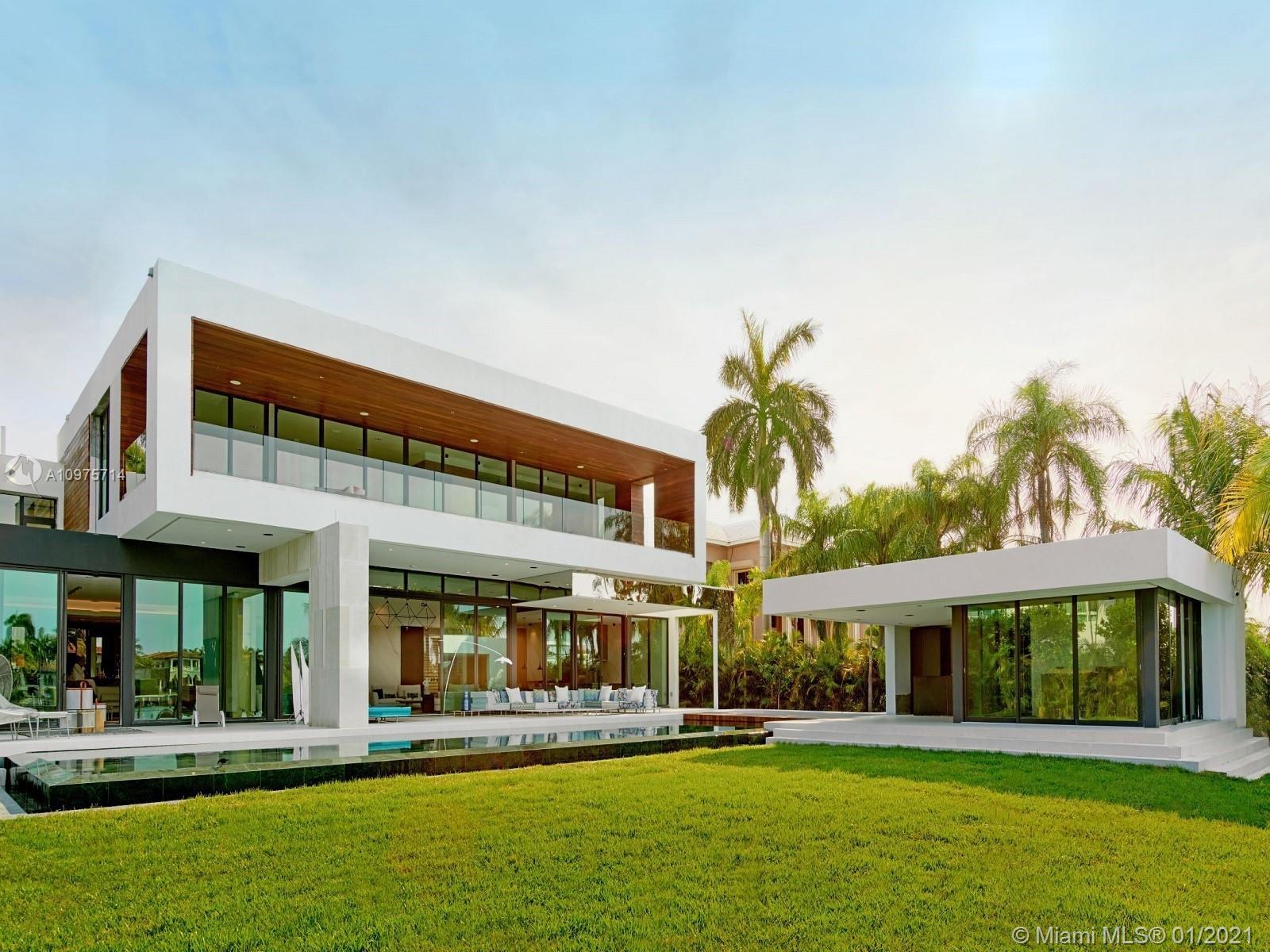 135 Palm Ave Property Photo 1