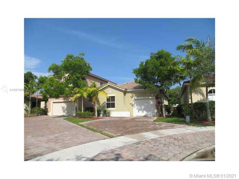 1065 Ne 39 Av Property Photo