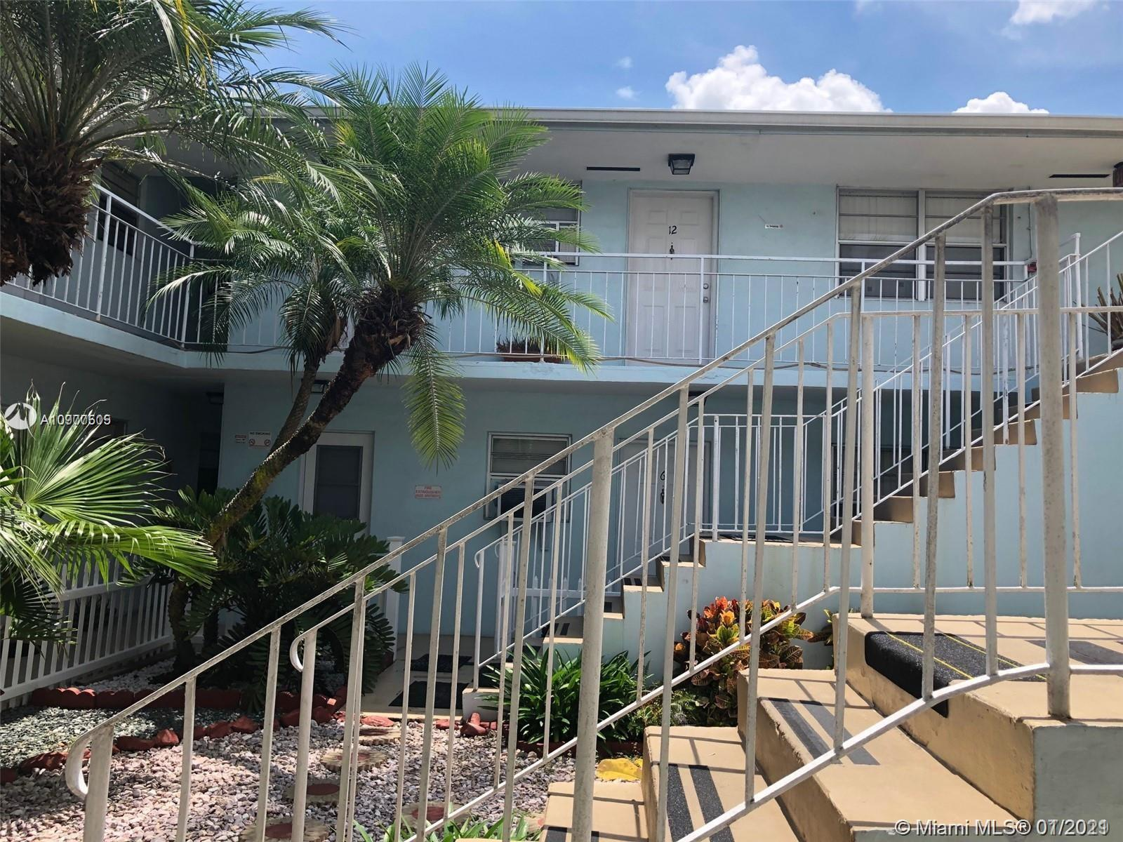 1581 NE 8th St #10 Property Photo - Homestead, FL real estate listing