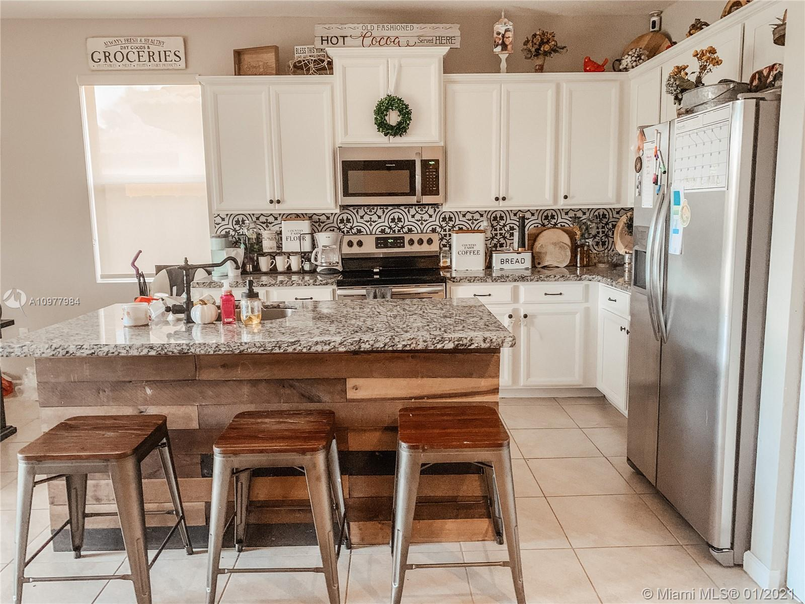 11843 SW 248th Ter Property Photo - Homestead, FL real estate listing