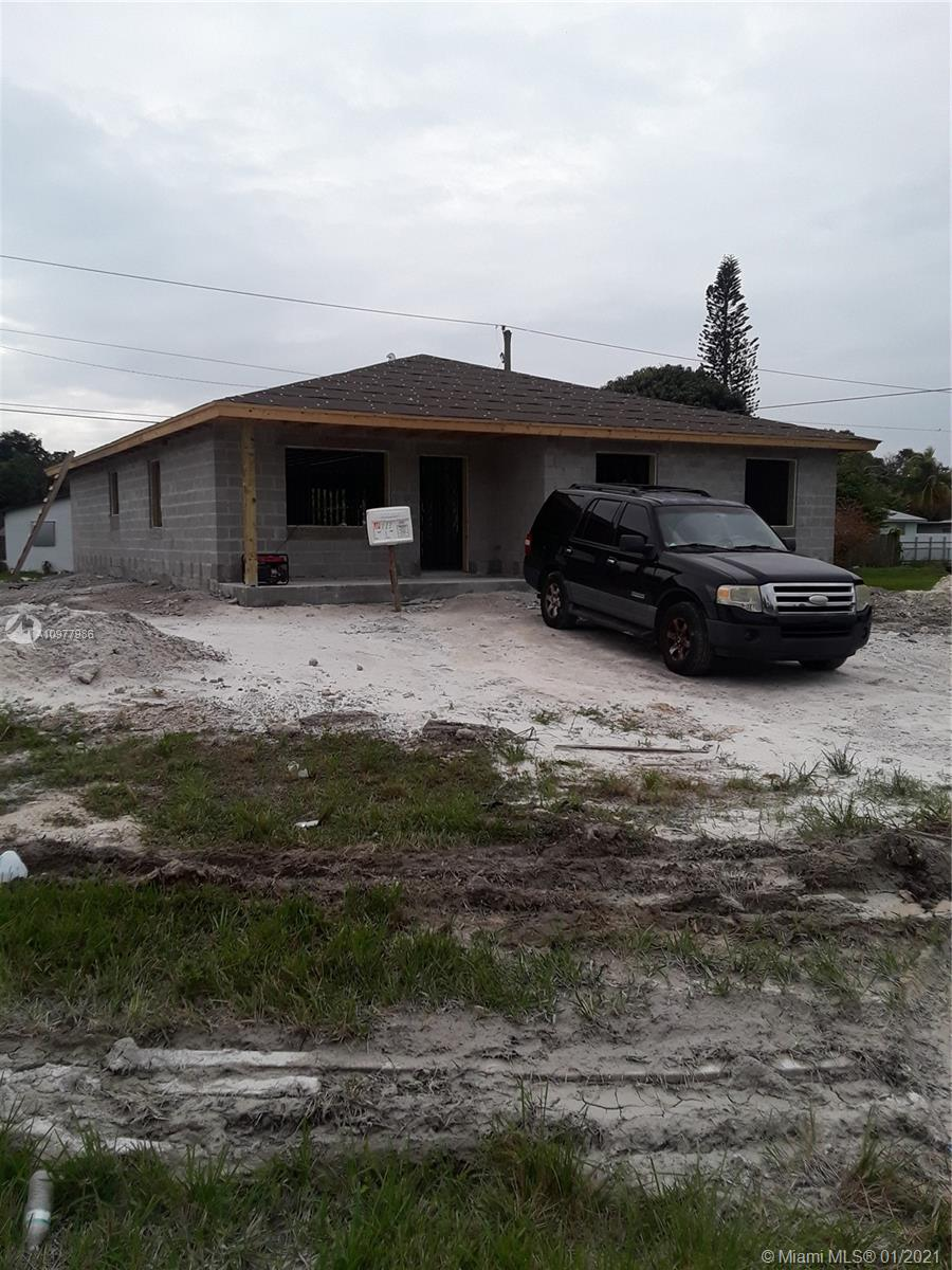 713 SW 5th Ter Property Photo - Florida City, FL real estate listing