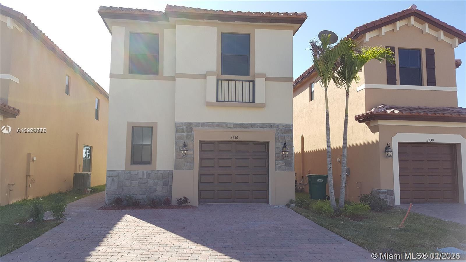 3736 Ne 2nd St Property Photo