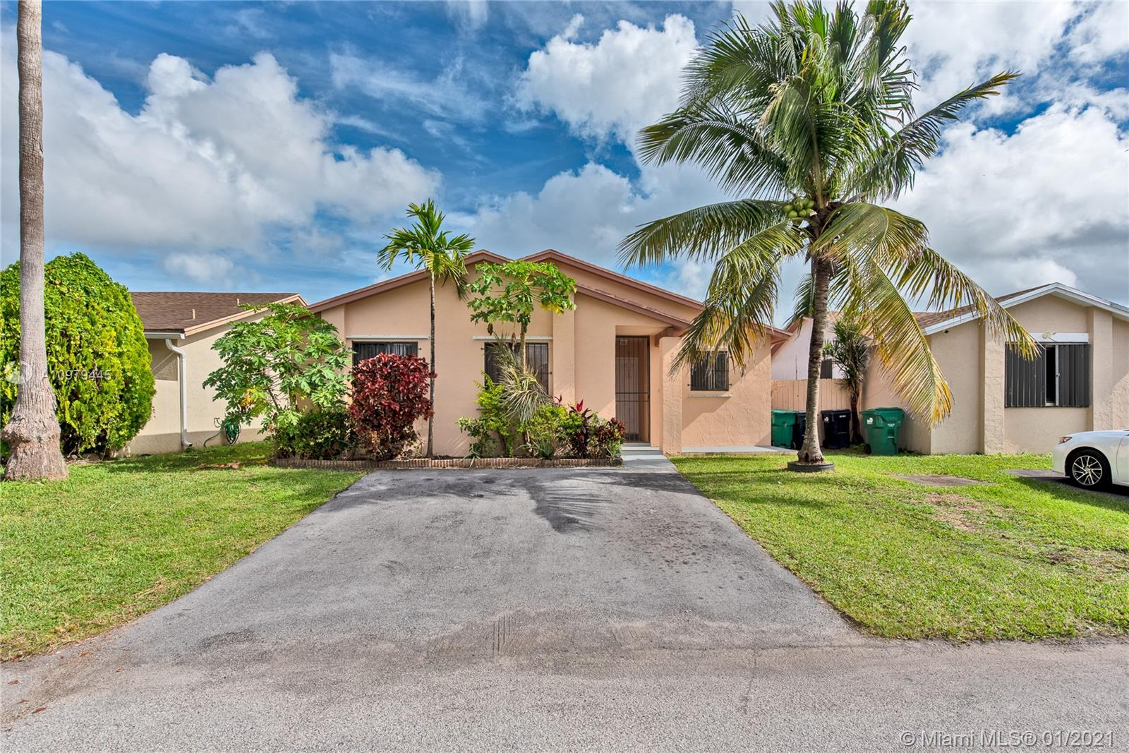 25121 SW 125th Ct Property Photo - Homestead, FL real estate listing