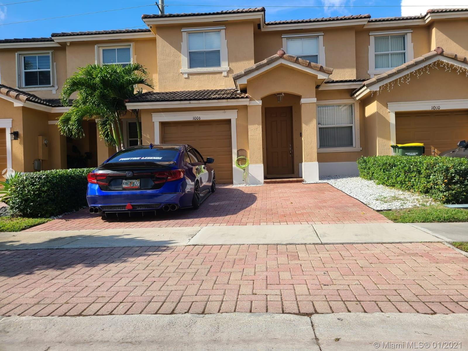 1006 Ne 41st Pl #0 Property Photo