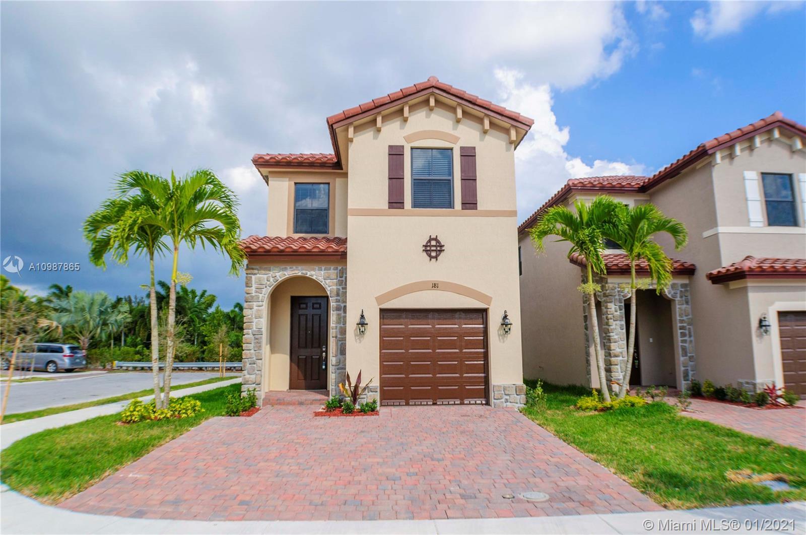 181 NE 37th Pl Property Photo - Homestead, FL real estate listing