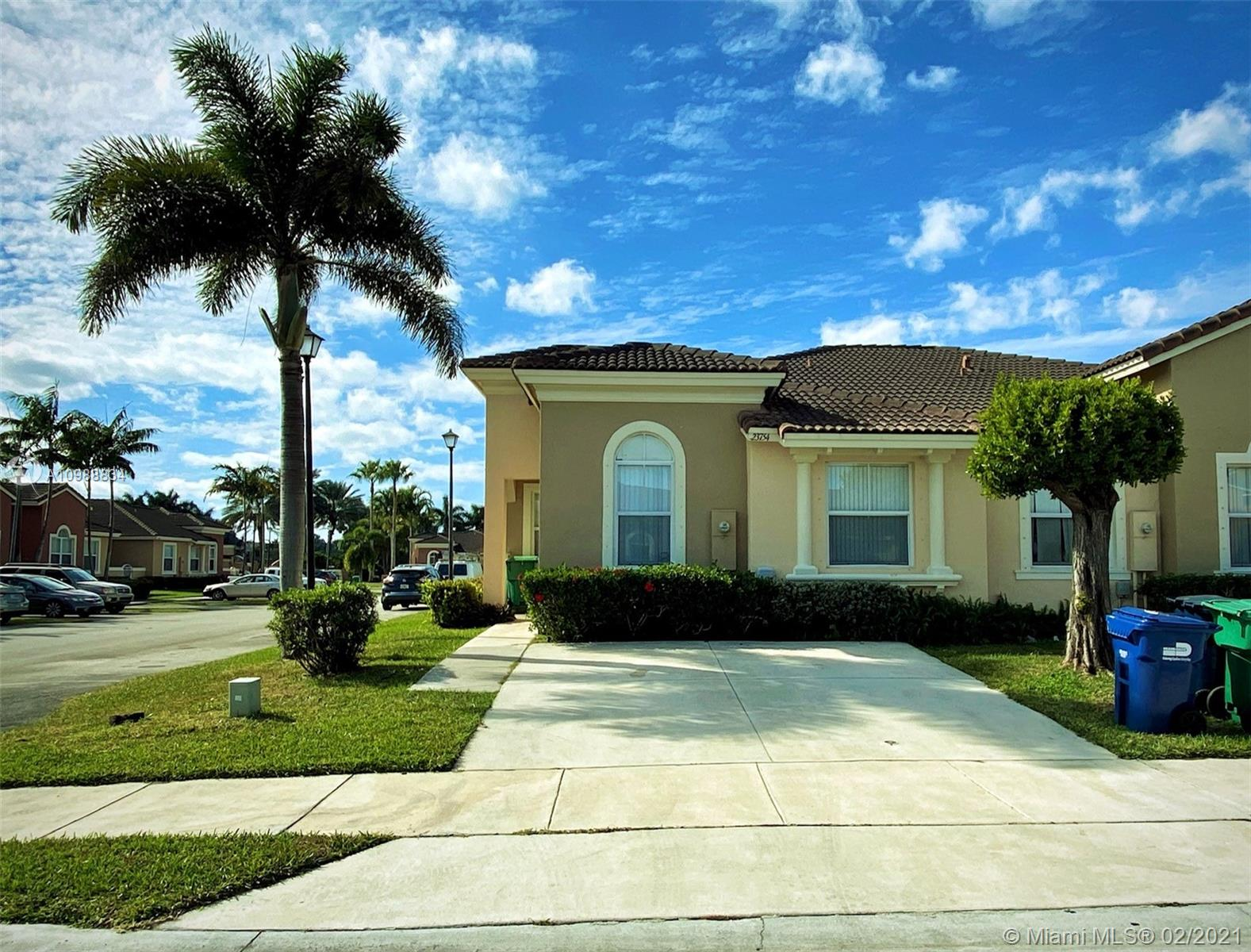 Glades Real Estate Listings Main Image
