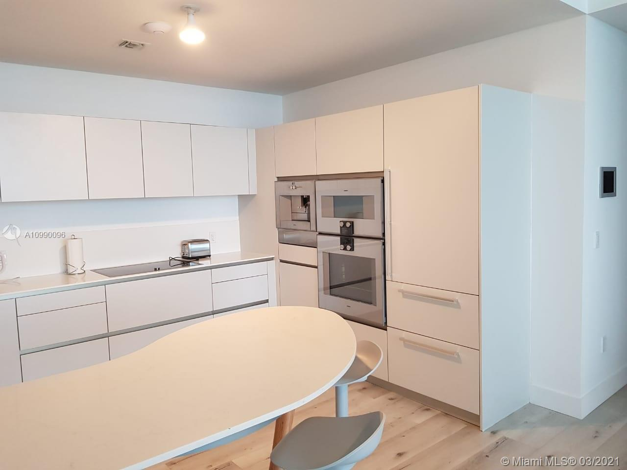 16901 Collins Ave #704 Property Photo