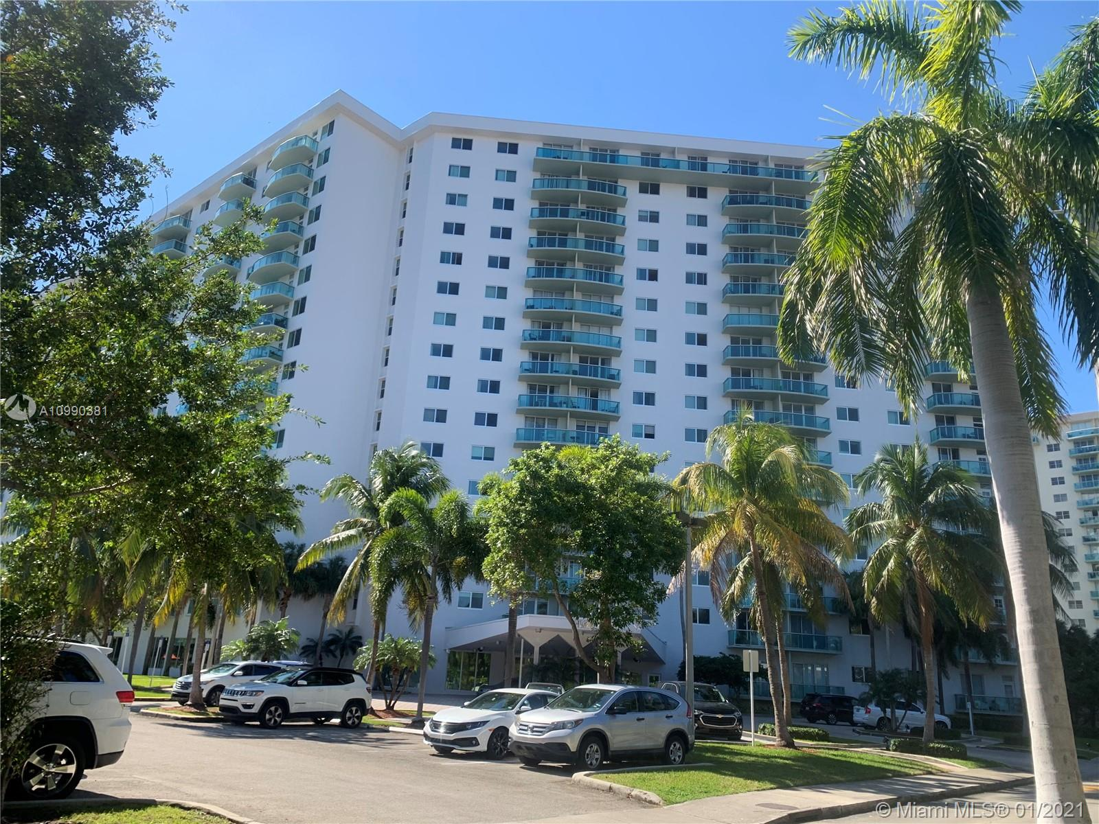 19380 Collins Ave #625 Property Photo