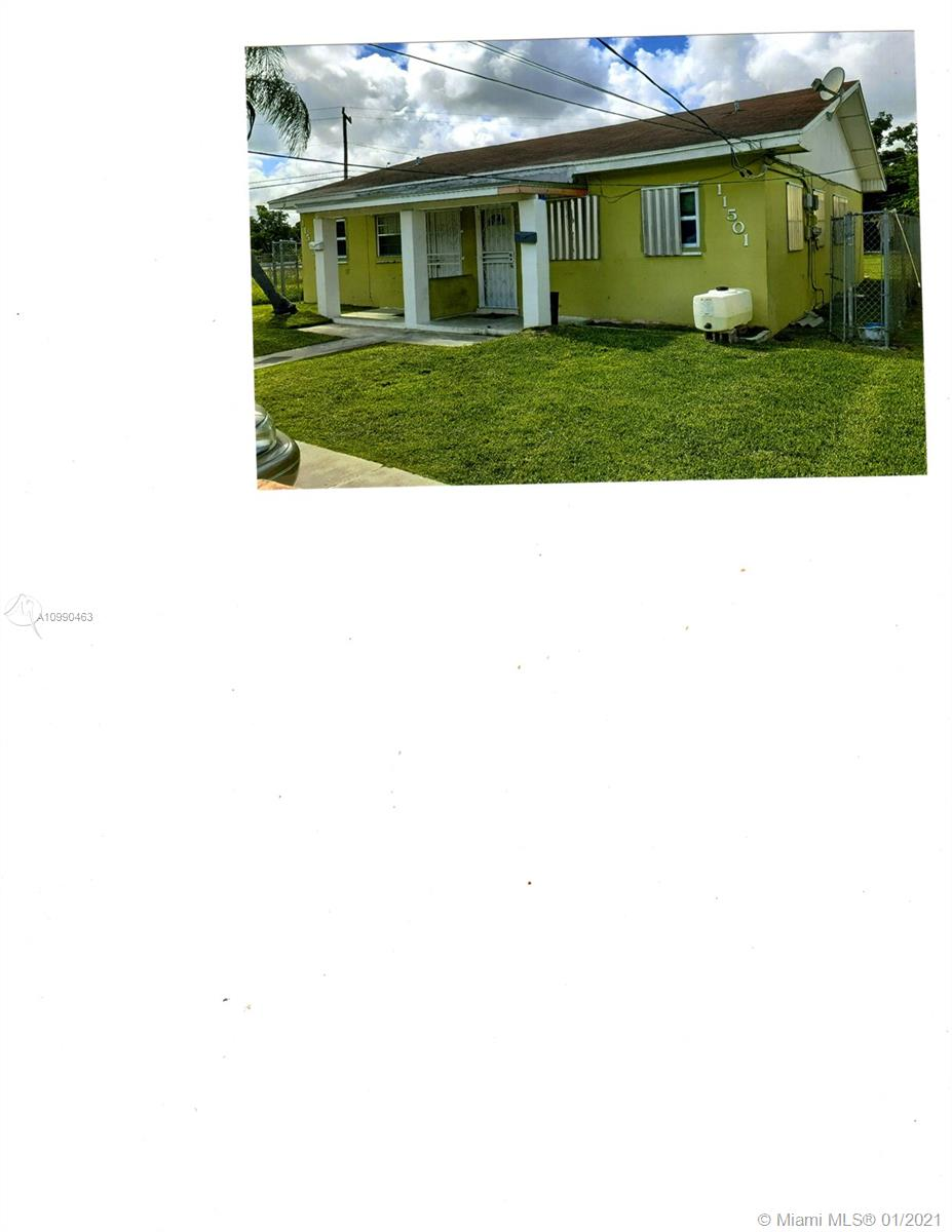 11501 Sw 214th St Property Photo